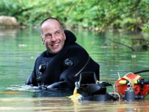 Rick Stanton, Cave Explorer, cave diver, Ressel, Eric Establie,Ardeche Gorge, Rosemary E Lunn, Roz Lunn, The Underwater Marketing Company, MBE, New Years Honours List