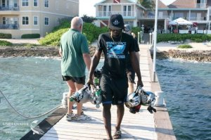 Divetech, Ceyron Powell, Divemaster, carrying stage cylinders, Inner Space, rebreathers, Rosemary E Lunn, Roz Lunn, The Underwater Marketing Company, working in scuba diving