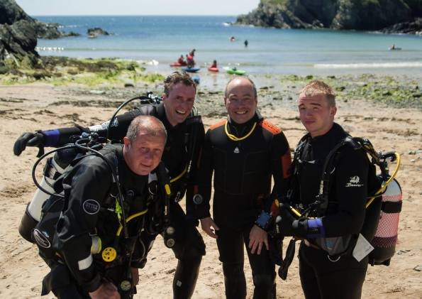 Anglesey Divers, Marting Sampson, Caroline Sampson, learn to dive in Wales, Porth Dafarch Beach, Holyhead, Rosemary E Lunn, Roz Lunn, The Underwater Marketing Company, Anglesey ScubaFest