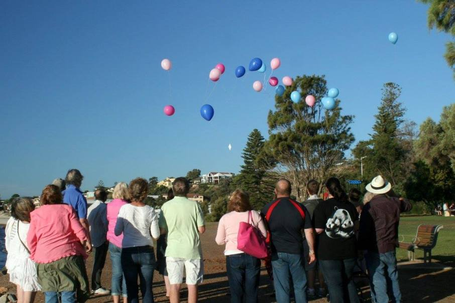 Compassionate-Friends, Australia, Marine-Conservation-Society, Poundbakery, Bolton Bakery, mass balloon release, Keely Palin, young-horse-panicked-by-helium-balloon-suffers-broken-neck, environmental littering, MCS, Rosemary E Lunn, Roz Lunn, The Underwater Marketing Company, Horse-and-Hound-Magazine,